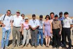 17.08.2011 Группа Всемирного банка на местах археологических раскопок на территории Сайрамского района ЮКО