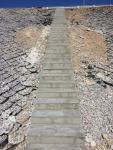Фото №5. Устройство лестничного схода на путепроводе у п. Акжар ПК1104+00. 10.07.2016 года.
